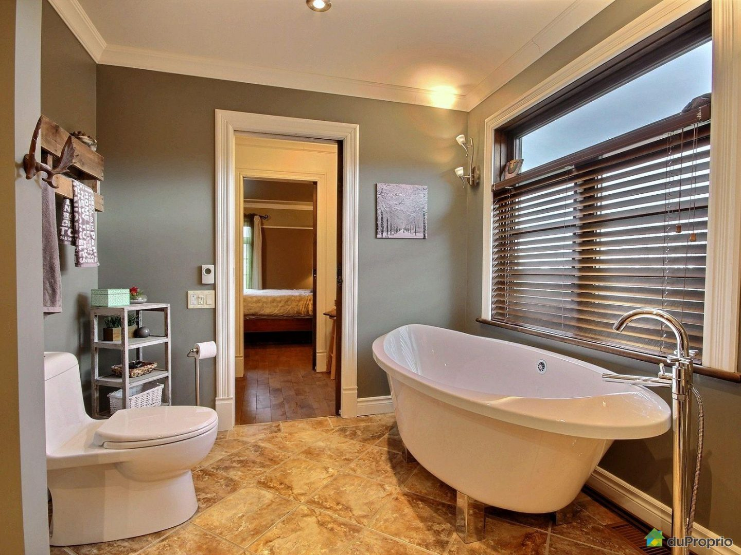 Home Staging Salle De Bain Maison A Vendre  Bright Shadow Online